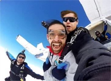 Skydiving Melbourne in Melbourne